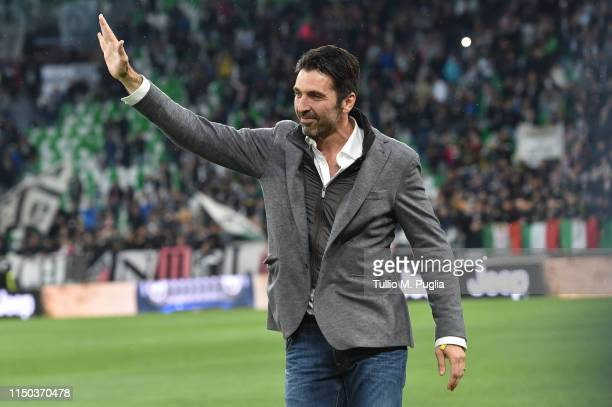 Gianluigi Buffon former goalkeeper of Juventus greets supporters before the Serie A match between Juventus and Atalanta BC on May 19 2019 in Turin...