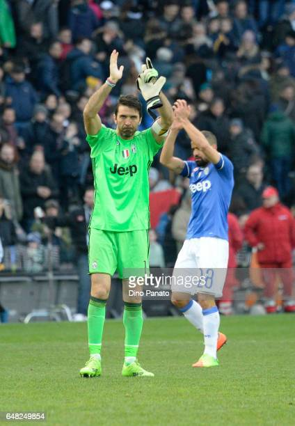 Gianluigi Buffon goalkeeper and Tomas Rincon of Juventus FC great's fans after the Serie A match between Udinese Calcio and Juventus FC at Stadio...