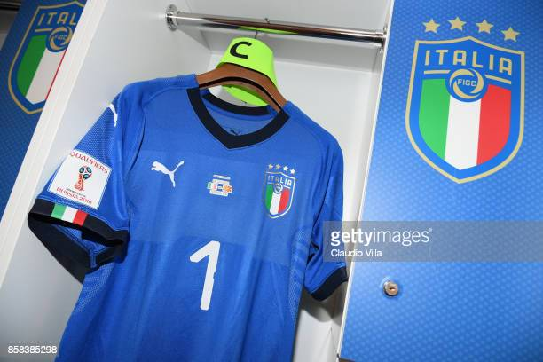 Gianluigi Buffon new jersey in the Italy dressing room before the FIFA 2018 World Cup Qualifier between Italy and FYR Macedonia at Stadio Olimpico on...