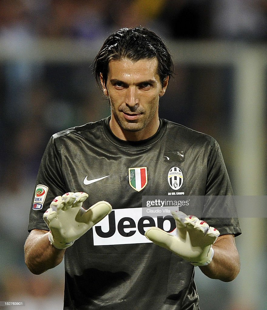 Gianluigi Buffon of FC Juventus during the Serie A match between ACF Fiorentina and FC Juventus at Stadio Artemio Franchi on September 25, 2012 in Florence, Italy.
