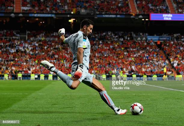 Gianluigi Buffon of Italy in action during the FIFA 2018 World Cup Qualifier between Spain and Italy at Estadio Santiago Bernabeu on September 2 2017...