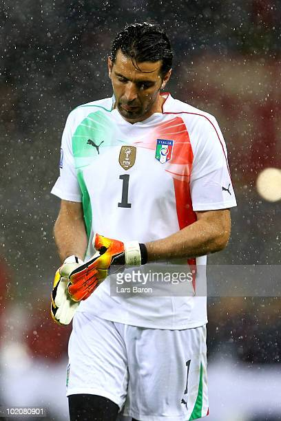 Gianluigi Buffon of Italy leaves the pitch as he is substituted during the 2010 FIFA World Cup South Africa Group F match between Italy and Paraguay...