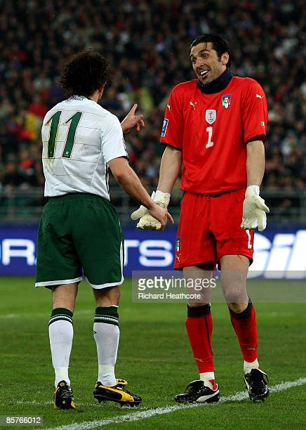 Gianluigi Buffon of Italy protests his innocence after a clash with Stephen Hunt of Ireland during the FIFA 2010 World Cup Qualifier between Italy...