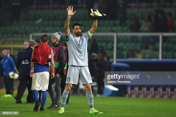 Gianluigi Buffon of Italy salutes the fans at the end of the FIFA 2018 World Cup Qualifier between Italy and Albania at Stadio Renzo Barbera on March...