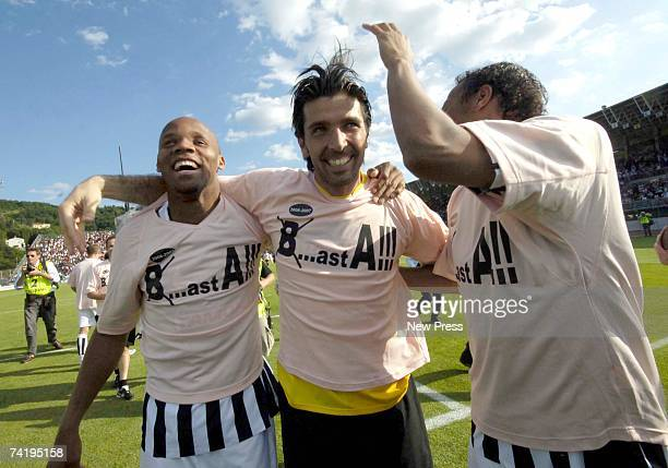 Gianluigi Buffon of Juventus celebrates after the Serie B match between Arezzo and Juventus on May 19, 2007 in Arezzo, Italy. With their win over...