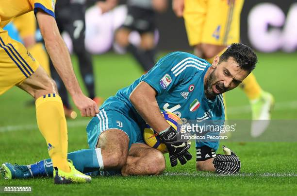 Gianluigi Buffon of Juventus in action during the Serie A match between SSC Napoli and Juventus at Stadio San Paolo on December 1 2017 in Naples Italy