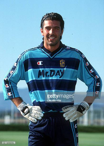 Gianluigi Buffon of Parma during the official presentation of AC Parma new uniform at Ennio Tardini stadium on September 05 2000 in Parma Italy