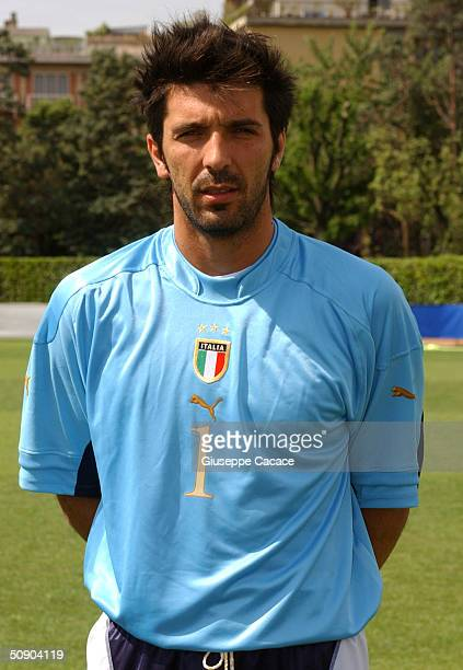 Gianluigi Buffon of the Italian footlball team poses for photographer on May 27, 2004 at Coverciano sports ground in Florence, Italy. The Italian...