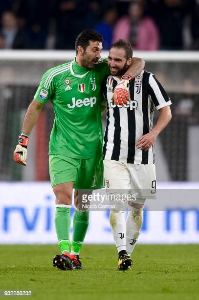 Gianluigi Buffon speaks with Gonzalo Higuain of Juventus FC at the end of the Serie A football match between Juventus FC and Atalanta BC Juventus FC...