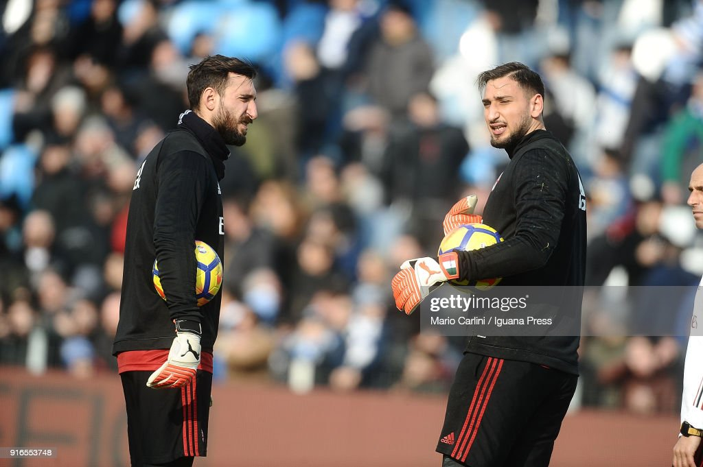 Gianluigi Donnarumma ( R ) Antonio Donnarumma goalkeepers of AC Milan look on prior the beginning of the serie A match between Spal and AC Milan at Stadio Paolo Mazza on February 10, 2018 in Ferrara, Italy.