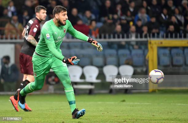 Gianluigi Donnarumma goalkeeper of AC Milan during the Serie A match between UC Sampdoria and AC Milan at Stadio Luigi Ferraris on March 30 2019 in...