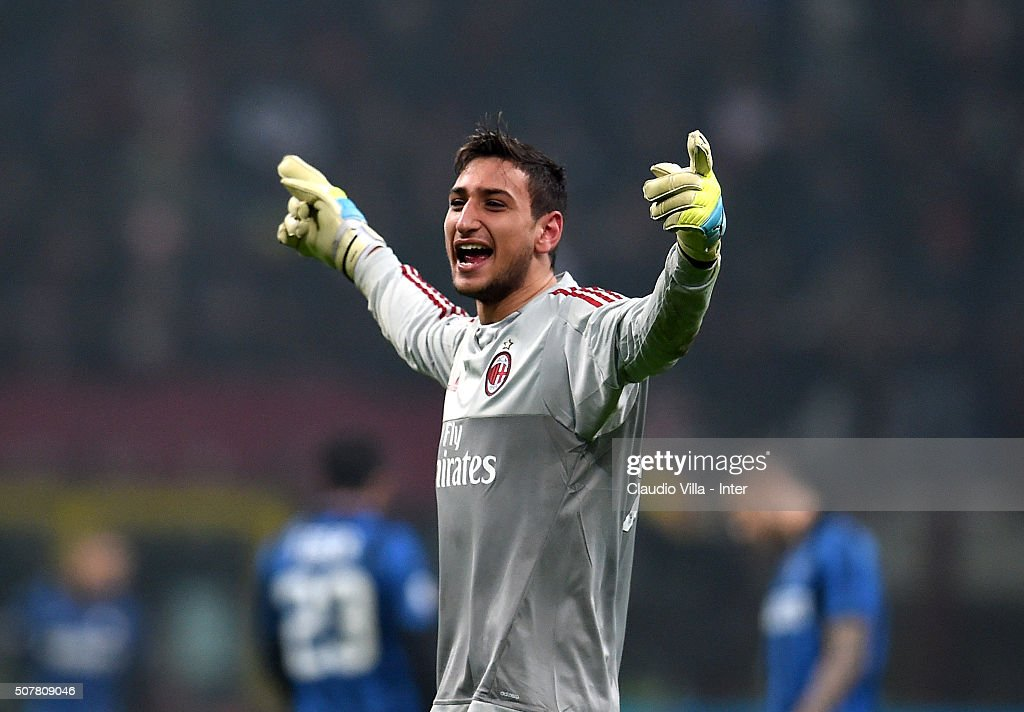 Gianluigi Donnarumma of AC Milan celebrates during the Serie A match between AC Milan and FC Internazionale Milano at Stadio Giuseppe Meazza on January 31, 2016 in Milan, Italy.