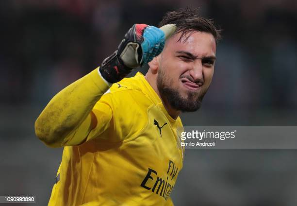 Gianluigi Donnarumma of AC Milan celebrates the victory at the end of the Coppa Italia match between AC Milan and SSC Napoli at Stadio Giuseppe...