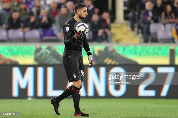 Gianluigi Donnarumma of AC Milan in action during the Serie A match between ACF Fiorentina and AC Milan at Stadio Artemio Franchi on May 11 2019 in...