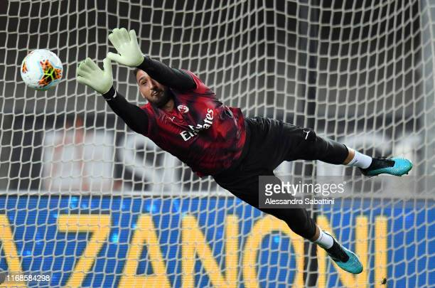 Gianluigi Donnarumma of AC Milan in action during the Serie A match between Hellas Verona and AC Milan at Stadio Marcantonio Bentegodi on September...