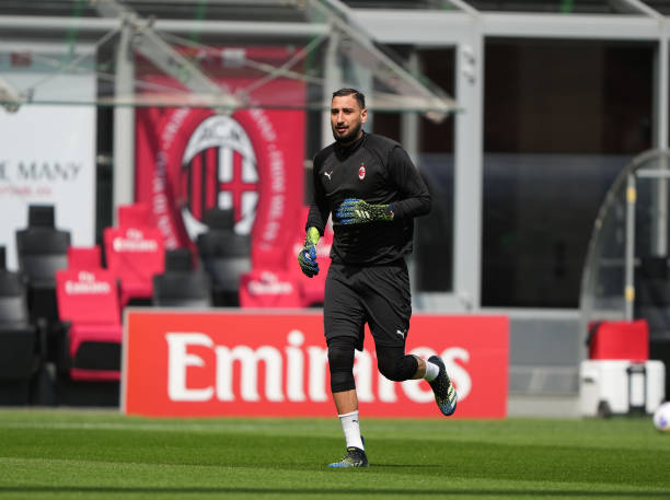 Gianluigi Donnarumma of AC Milan in action during the Serie A match between AC Milan and Genoa CFC at Stadio Giuseppe Meazza on April 18, 2021 in...