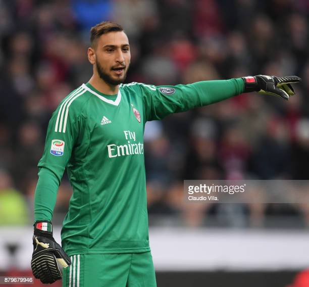 Gianluigi Donnarumma of AC Milan in action during the Serie A match between AC Milan and Torino FC at Stadio Giuseppe Meazza on November 26 2017 in...