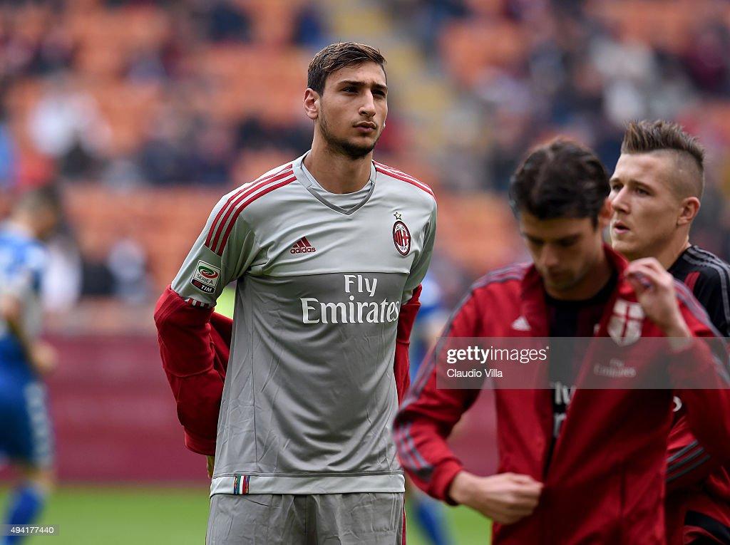 AC Milan v US Sassuolo Calcio - Serie A : News Photo