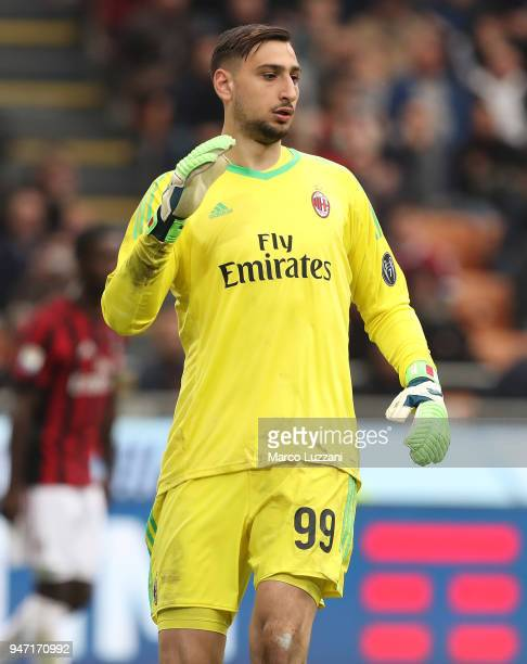 Gianluigi Donnarumma of AC Milan looks on during the serie A match between AC Milan and SSC Napoli at Stadio Giuseppe Meazza on April 15 2018 in...