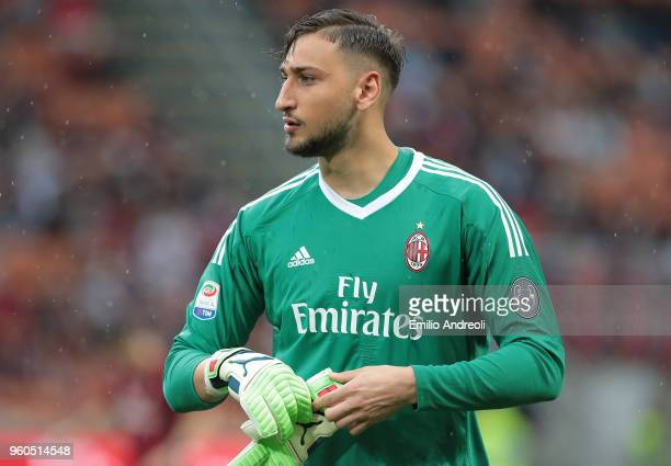Gianluigi Donnarumma of AC Milan looks on during the serie A match between AC Milan and ACF Fiorentina at Stadio Giuseppe Meazza on May 20 2018 in...