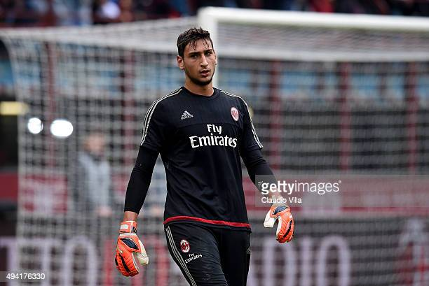 Gianluigi Donnarumma of AC Milan looks on prior to the Serie A match between AC Milan and US Sassuolo Calcio at Stadio Giuseppe Meazza on October 25...