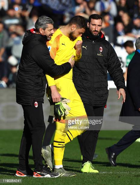 Gianluigi Donnarumma of AC Milan reacts after losing the Serie A match between Atalanta BC and AC Milan at Gewiss Stadium on December 22 2019 in...