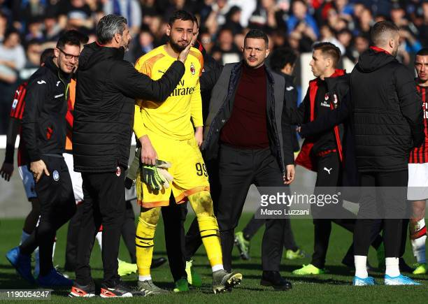 Gianluigi Donnarumma of AC Milan reacts after losing the Serie A match between Atalanta BC and AC Milan at Gewiss Stadium on December 22, 2019 in...