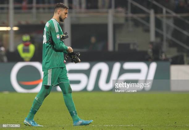 Gianluigi Donnarumma of AC Milan shows his dejection at the end of the serie A match between AC Milan and Atalanta BC at Stadio Giuseppe Meazza on...