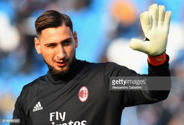 Gianluigi Donnarumma of AC Milan warms up before the serie A match between Spal and AC Milan at Stadio Paolo Mazza on February 10 2018 in Ferrara...