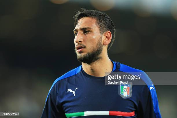 Gianluigi Donnarumma of Italy looks on as he warms up prior to the 2017 UEFA European Under21 Championship Group C match between Italy and Germany at...