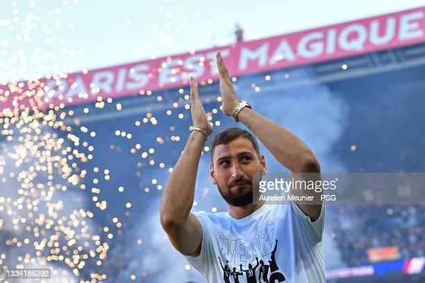 Gianluigi Donnarumma of Paris Saint-Germain salutes the fans during his presentation before the Ligue 1 Uber Eats match between Paris Saint Germain...