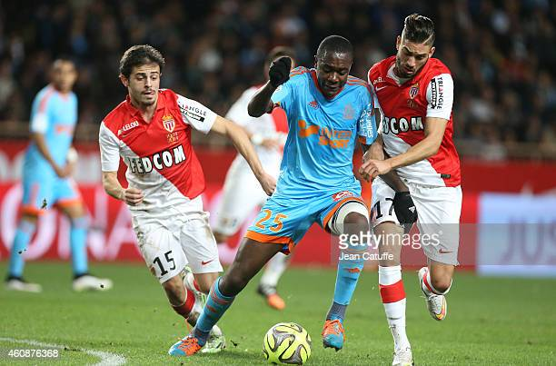 Giannelli Imbula of OM in action between Bernardo Silva and Yannick Ferreira Carrasco of Monaco during the French Ligue 1 match between AS Monaco FC...