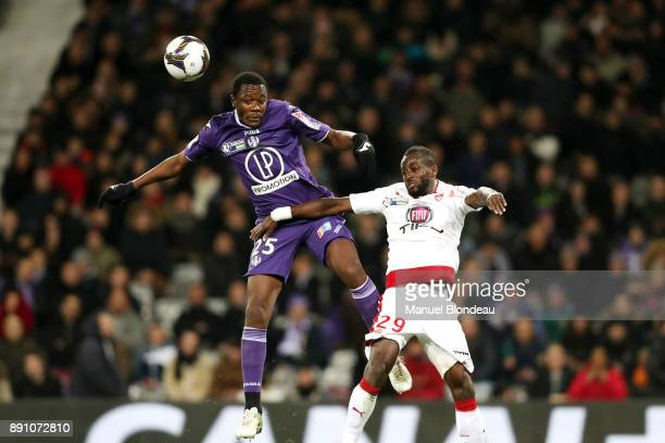 Giannelli Imbula of Toulouse and Maxime Poundje of Bordeaux during the french League Cup match Round of 16 between Toulouse and Bordeaux on December...