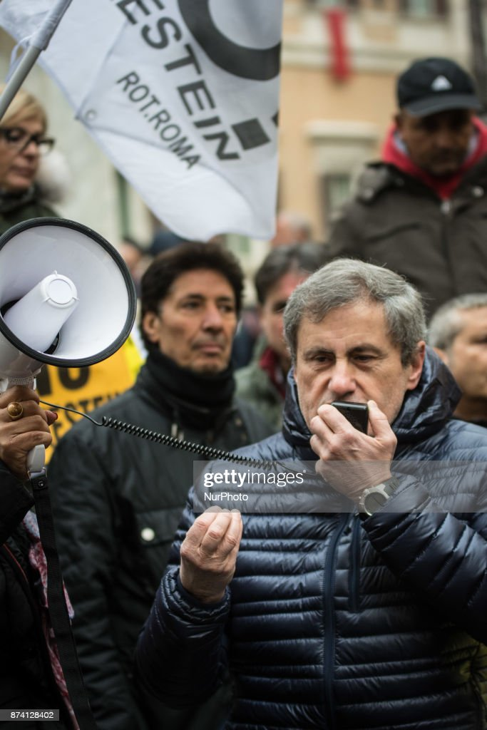 Gianni Alemanno during Demonstration at Piazza Montecitorio in front of Parliament against Bolkestein, the demonstrators ask to exclude the category from the European directive that penalizes them at work. on November 14, 2017 in Rome, Italy. .