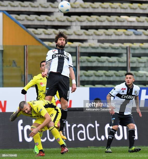 Gianni Munari of Parma Calcio competes for the ball whit Daniele Altobelli of Pro Vercelli FC during the Serie B match between Parma Calcio and Pro...