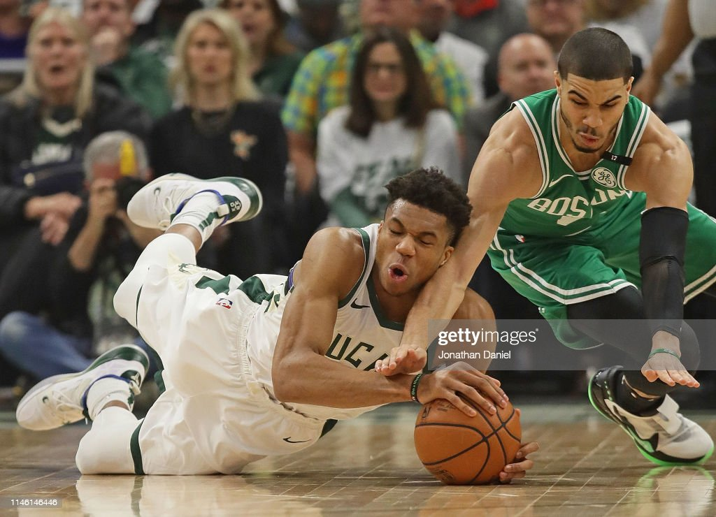 Boston Celtics v Milwaukee Bucks - Game Two : News Photo