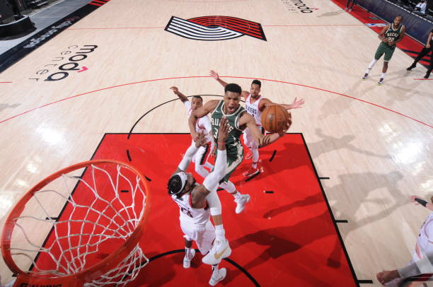 Giannis Antetokounmpo of the Milwaukee Bucks drives to the basket during the game against the Portland Trail Blazers on April 2 2021 at the Moda...