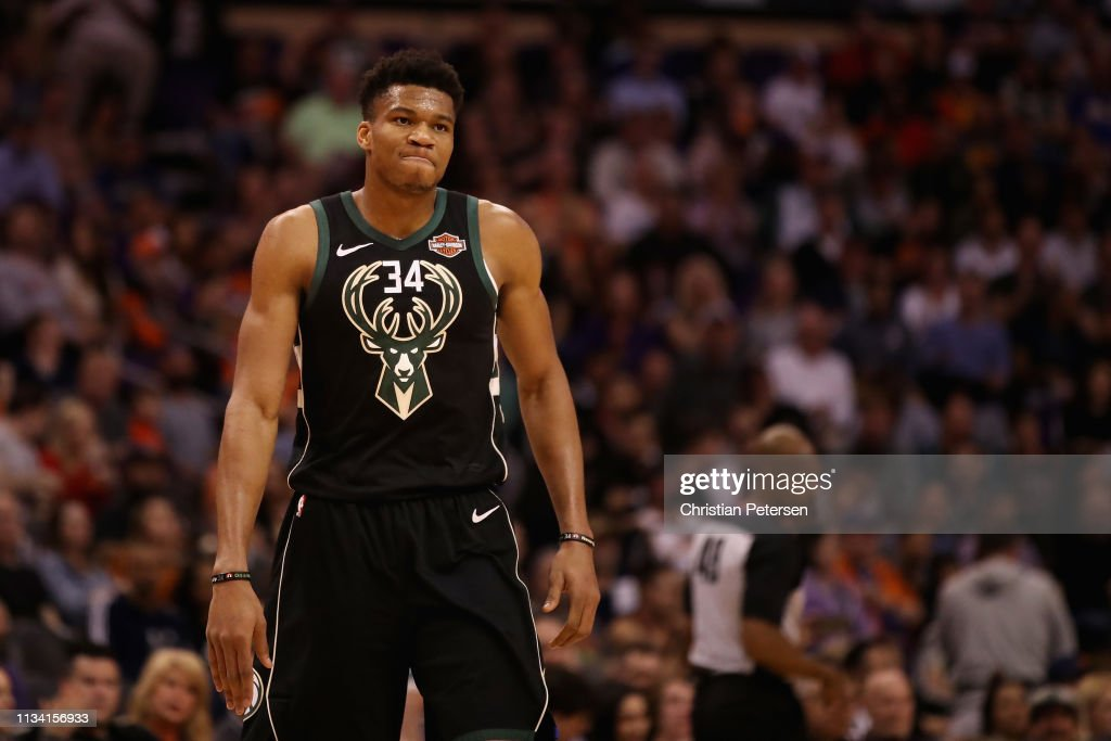 Milwaukee Bucks v Phoenix Suns : News Photo