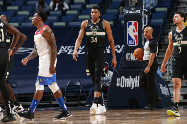 Giannis Antetokounmpo of the Milwaukee Bucks looks on during the game against the New Orleans Pelicans on January 29, 2021 at the Smoothie King...