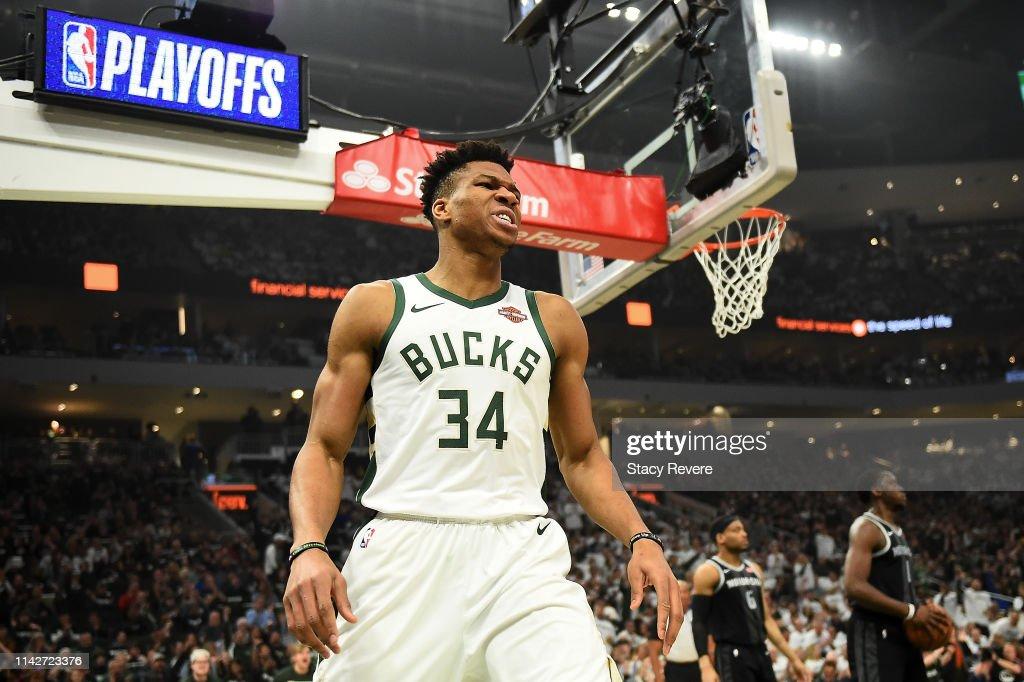 Detroit Pistons v Milwaukee Bucks - Game One : News Photo