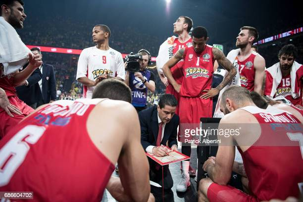Giannis Sfairopoulos Head Caoch of Olympiacos Piraeus during a timeout at the Championship Game 2017 Turkish Airlines EuroLeague Final Four between...