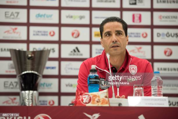 Giannis Sfairopoulos Head Caoch of Olympiacos Piraeus during the 2017 Turkish Airlines Euroleague Final Four Championship Game Press Conference at...