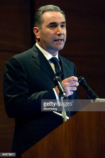 Gianpiero Fiorani chief executive of Banca Popolari di Lodi speaks at a meeting in Milan Italy Thursday June 2 2005 Banca Popolare di Lodi Scrl...