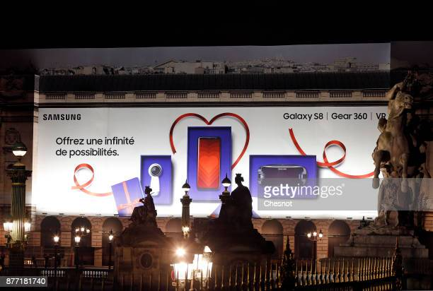 A giant advertisement for the new Samsung Galaxy S8 Gear 360 VR is displayed at 'Place de la Concorde' on November 21 2017 in Paris France The new...