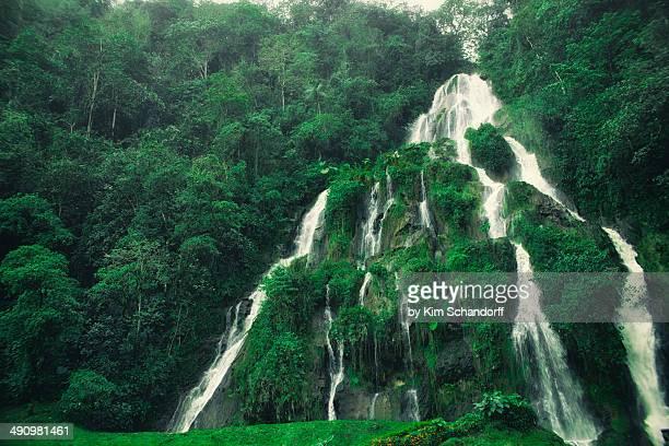 Giant cascade
