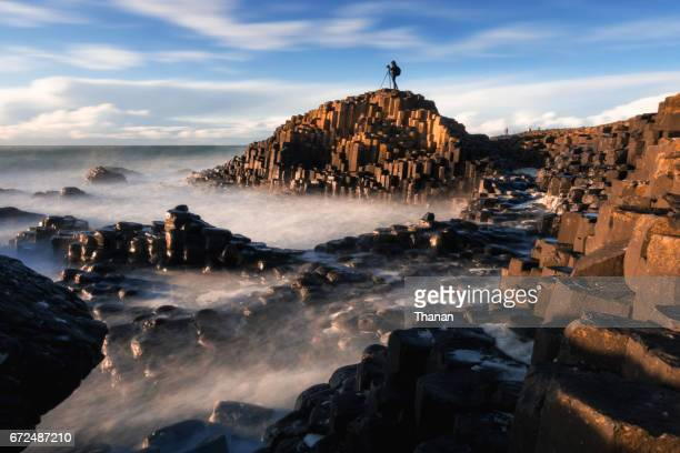 giant causeway - giant's causeway stock pictures, royalty-free photos & images