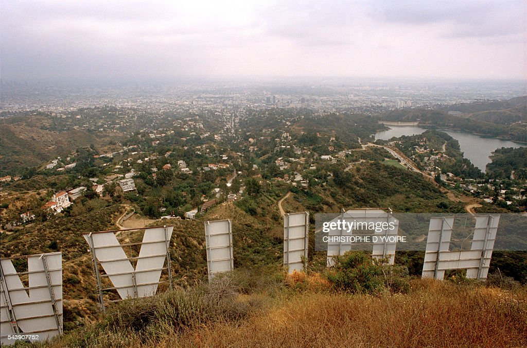 Hollywood Sign : News Photo
