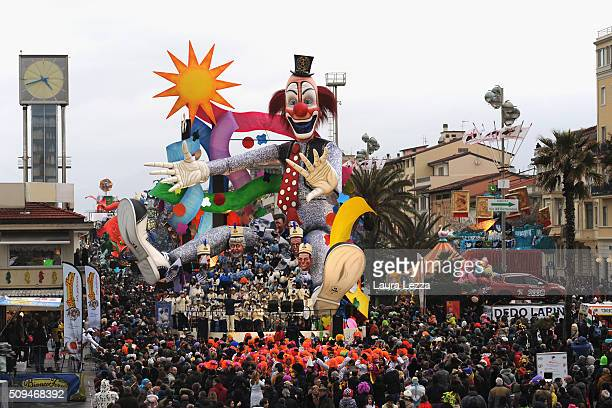 A giant papermache float moves through the streets of Viareggio during the traditional Carnival of Viareggio parade on February 7 2016 in Viareggio...
