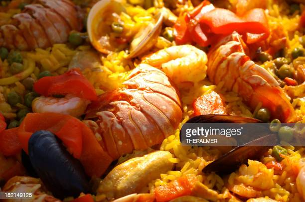 giant la paella de fruits de mer