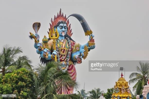 Giant statue of the Hindu Goddess Kail at a Hindu temple in Kadaloor, Tamil Nadu, India.
